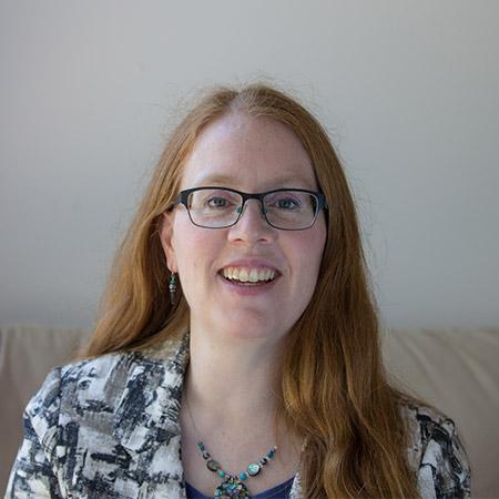 Dr. Elisabeth Levac
