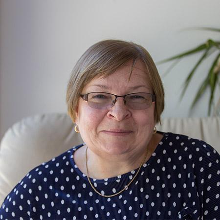 Dr. Elizabeth Prusak